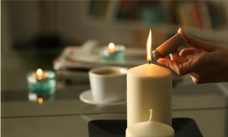 candles in hotel